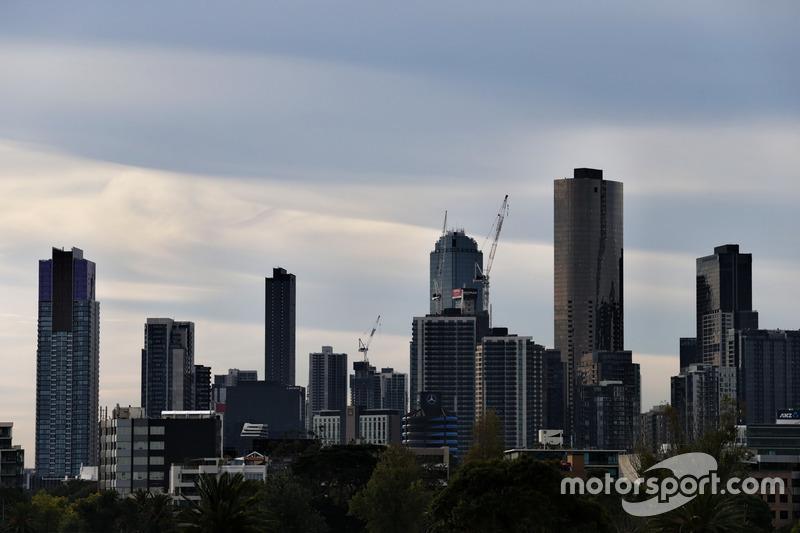 Scenic Melbourne skyline