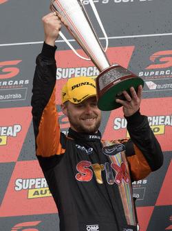 Podium: winner Jonathon Webb, Tekno Autosports Holden
