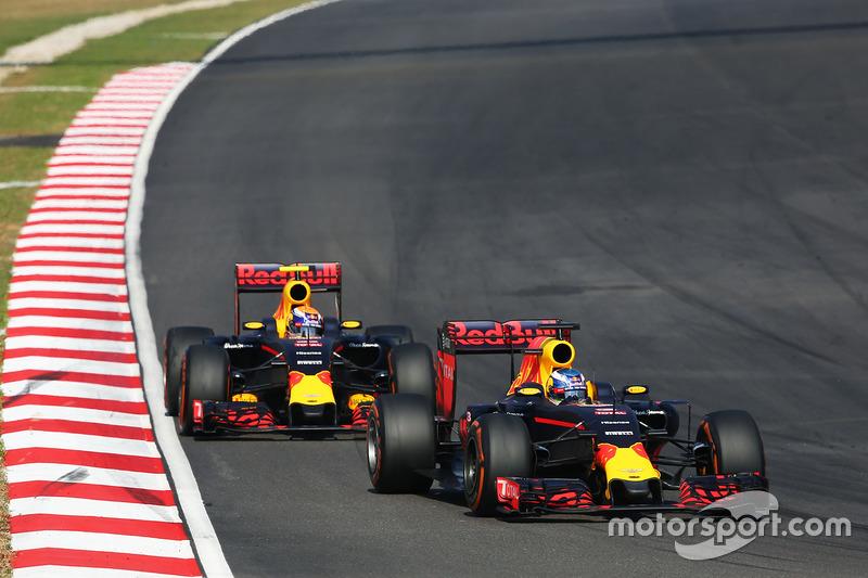 Daniel Ricciardo, Red Bull Racing RB12 leads team mate Max Verstappen, Red Bull Racing RB12