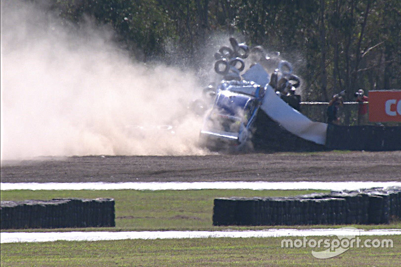 Scott Pye, DJR Team Penske, hard crash
