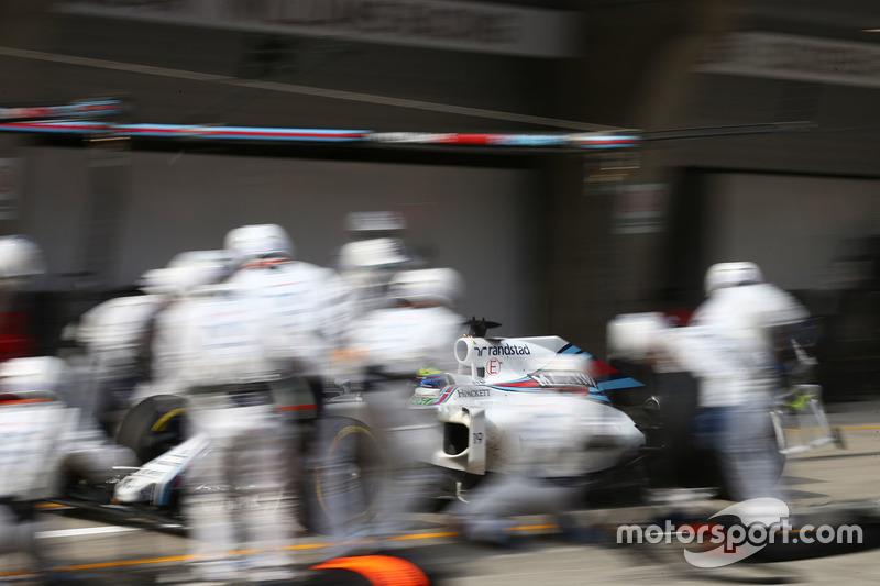 Felipe Massa, Williams FW38 pit stop
