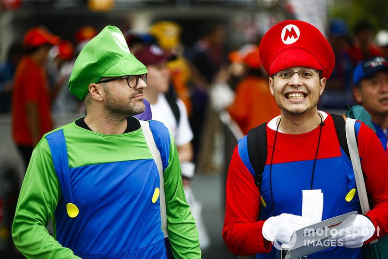 Cosplay Luigi dan Mario