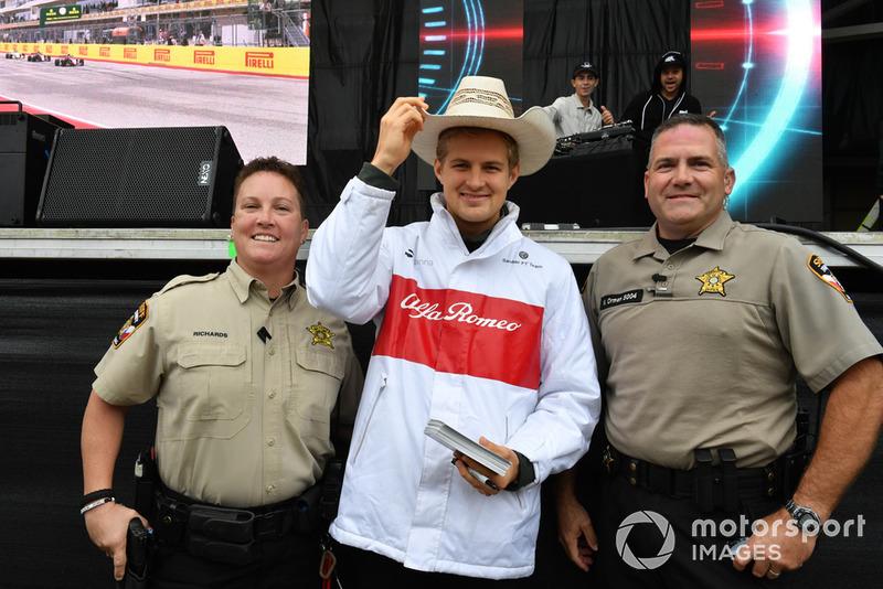 Marcus Ericsson, Sauber y Policía
