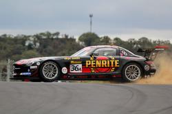 #36 Erebus Motorsport Mercedes SLS AMG GT3: David Reynolds, Thomas Jäger, Nico Bastian in trouble