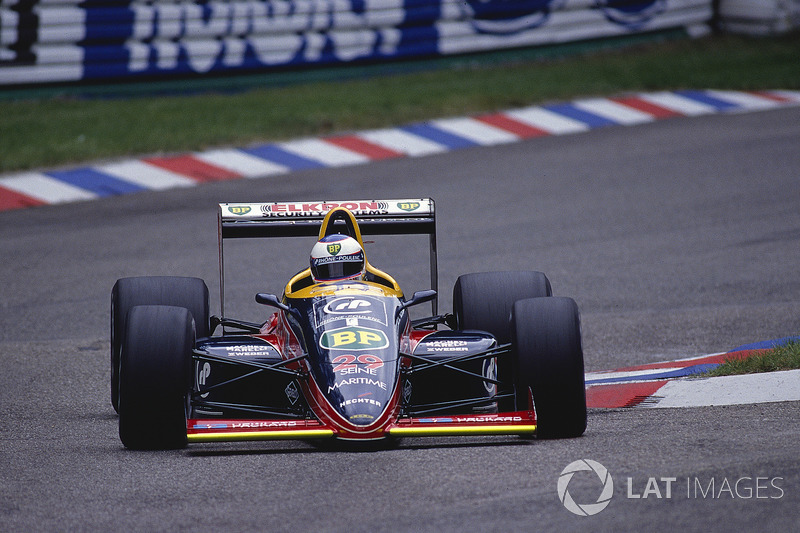 Янник Дальмас, Larrousse/Lola LC88 Ford
