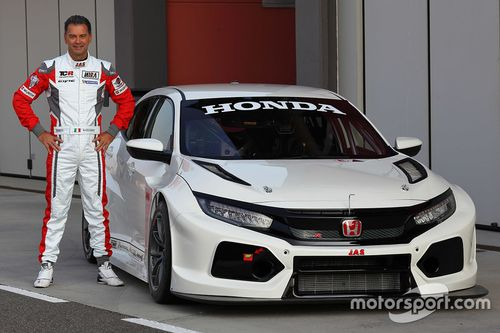 Test Honda Civic Type R TCR