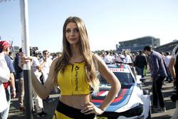 Grid girl of Tom Blomqvist, BMW Team RBM, BMW M4 DTM