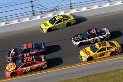 Matt Kenseth, Joe Gibbs Racing Toyota, Denny Hamlin, Joe Gibbs Racing Toyota, Martin Truex Jr., Furniture Row Racing Toyota
