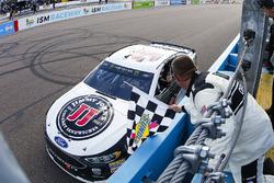 Kevin Harvick, Stewart-Haas Racing, Ford Fusion Jimmy John's celebrates