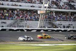 Brad Keselowski, Team Penske Ford Fusion takes the checkered flag