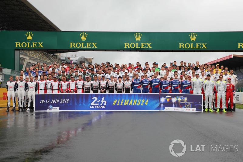 Foto de grupo de pilotos Le Mans 2018