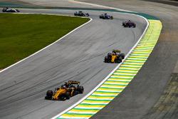 Ніко Хюлькенберг, Карлос Сайнс-мол., Renault Sport F1 Team RS17, П'єр Гаслі, Scuderia Toro Rosso STR12