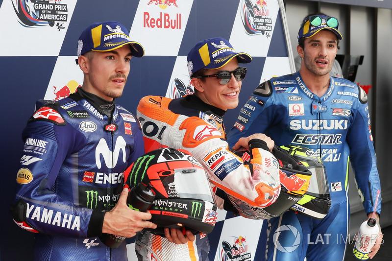 Los 3 principales después de la calificación: Maverick Viñales, Yamaha Factory Racing, Marc Márquez, Repsol Honda Team, Andrea Iannone, Team Suzuki MotoGP