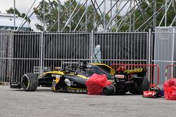 Yarış dışı kalan Nico Hulkenberg'in aracı, Renault Sport F1 Team R.S. 18