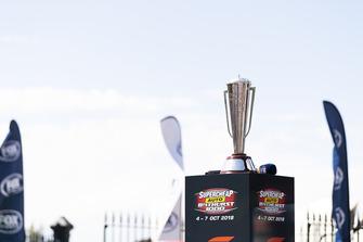 Bathurst 1000 trophy