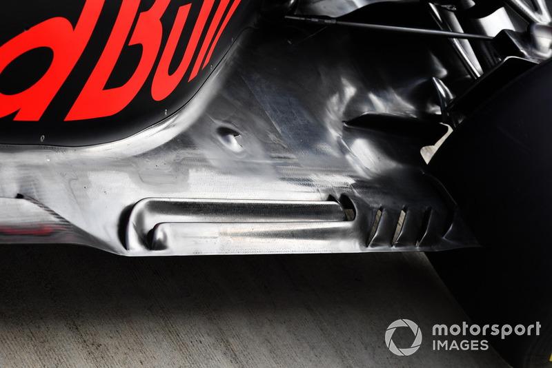 Detalle de la parte trasera del piso del Red Bull RB14