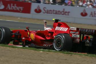 Il vincitore della gara Kimi Raikkonen, Ferrari F2007