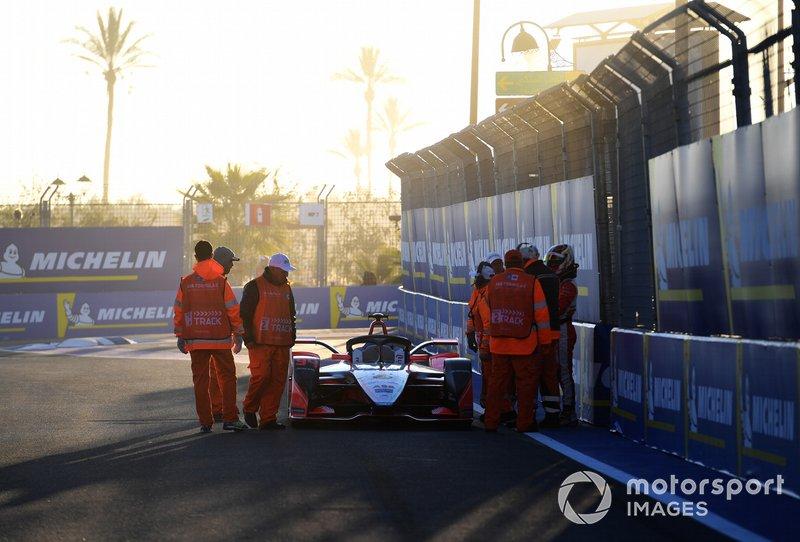 Comisarios con Pascal Wehrlein, Mahindra Racing, M5 Electro