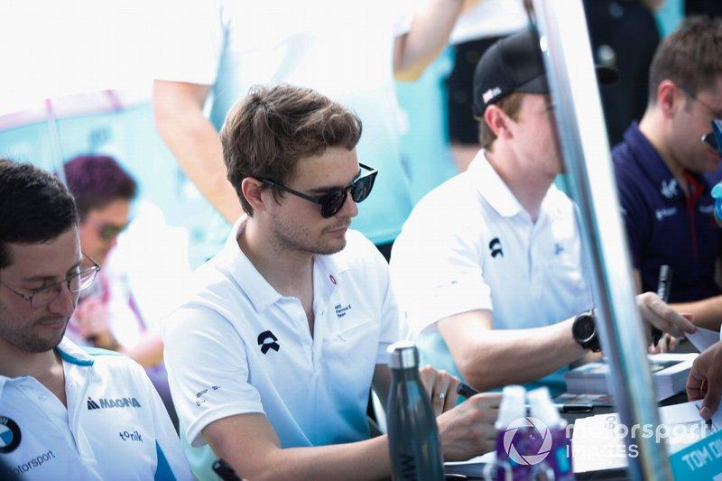 Tom Dillmann, NIO Formula E Team, firma autografi