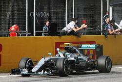 Winnaar Nico Rosberg, Mercedes AMG F1 Team W07