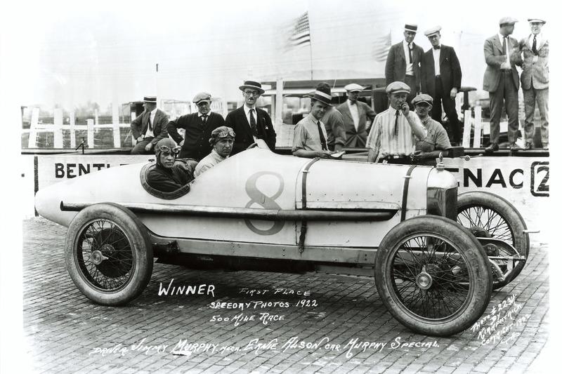 Ganador de la carrera Jimmy Murphy