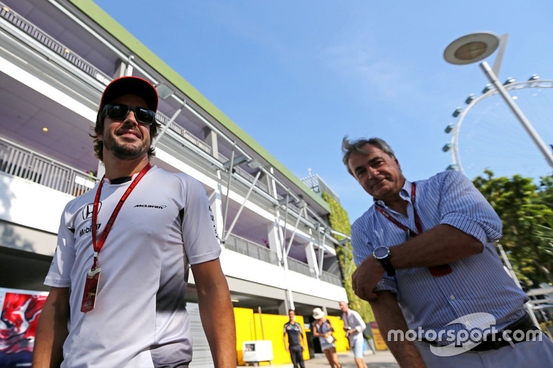 Fernando Alonso, McLaren Honda and Carlos Sainz