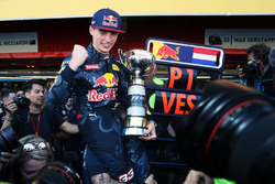 Race winner Max Verstappen, Red Bull Racing celebrates with the team
