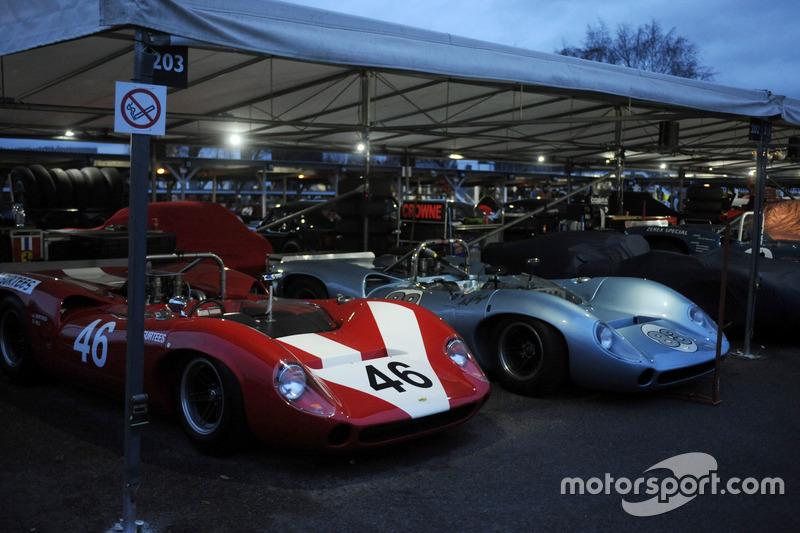 Fahrerlager: Surtees Trophy