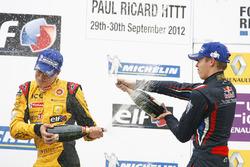 Podyum: 1. Stoffel Vandoorne, Josef Kaufmann Racing, 2. Daniil Kvyat, Koiranen GP