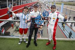 Le vainqueur Yann Ehrlacher, RC Motorsport, le deuxième Esteban Guerrieri, Campos Racing, le troisième Mehdi Bennani, Sébastien Loeb Racing