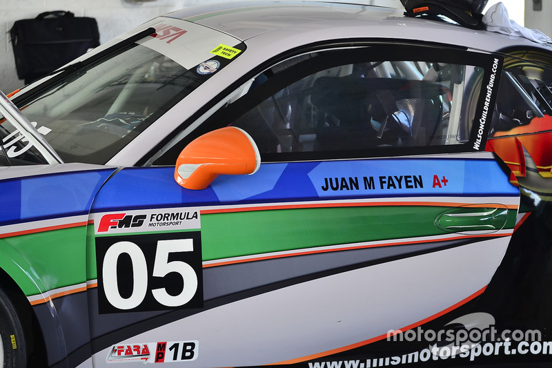 #05 MP1B Porsche 991 driven by Juan Fayen of Formula Motorsport