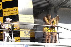 Podium: 3. Timo Glock, BMW Team RMG, BMW M4 DTM sprays to the Grid girls