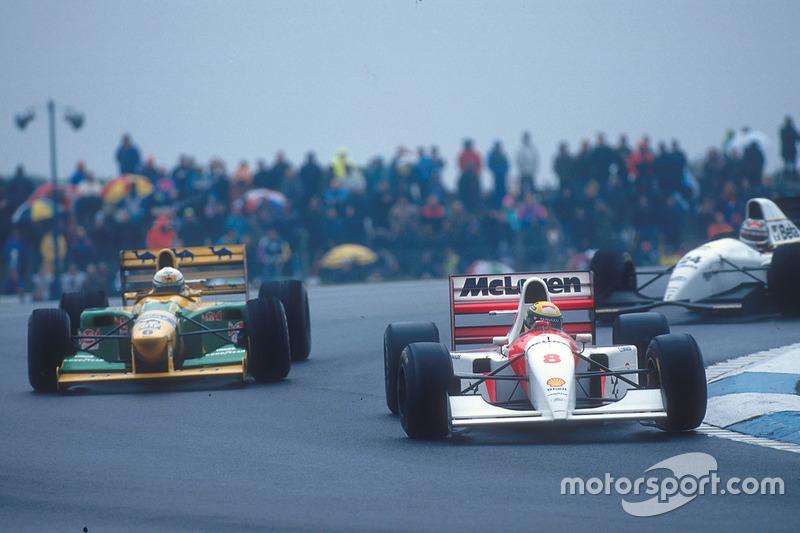 Ayrton Senna, McLaren MP4/8 Ford, Riccardo Patrese, Benetton B193B Ford