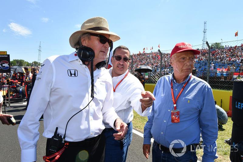 Niki Lauda, Presidente no ejecutivo de Mercedes AMG F1 W08, Jeque Mohammed bin Essa Al Khalifa, Dire
