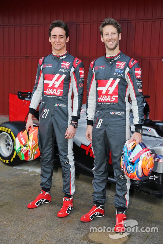 Esteban Gutierrez, Haas F1 Team en Romain Grosjean, Haas F1 Team onthullen de Haas VF-16