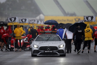 Safety Car, Starting grid