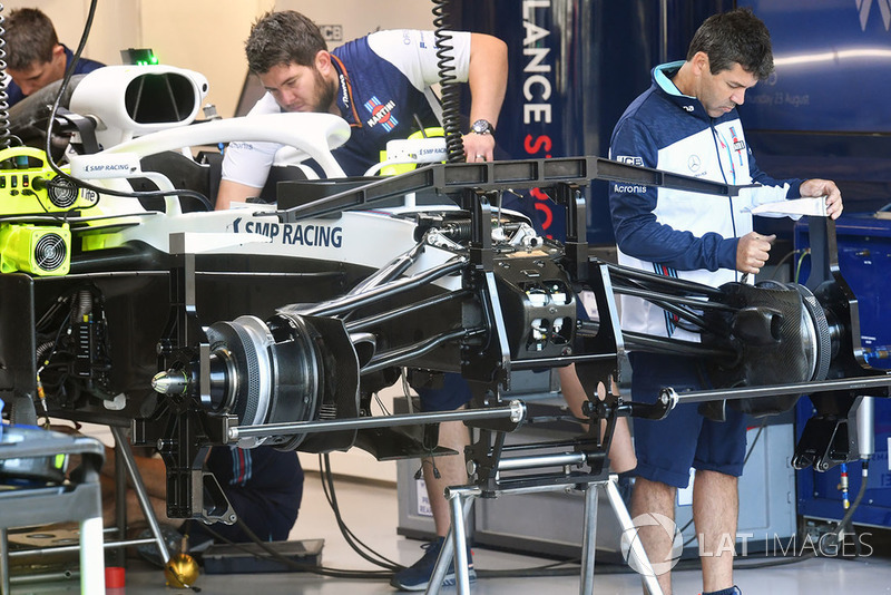 Une suspension avant de Williams FW41