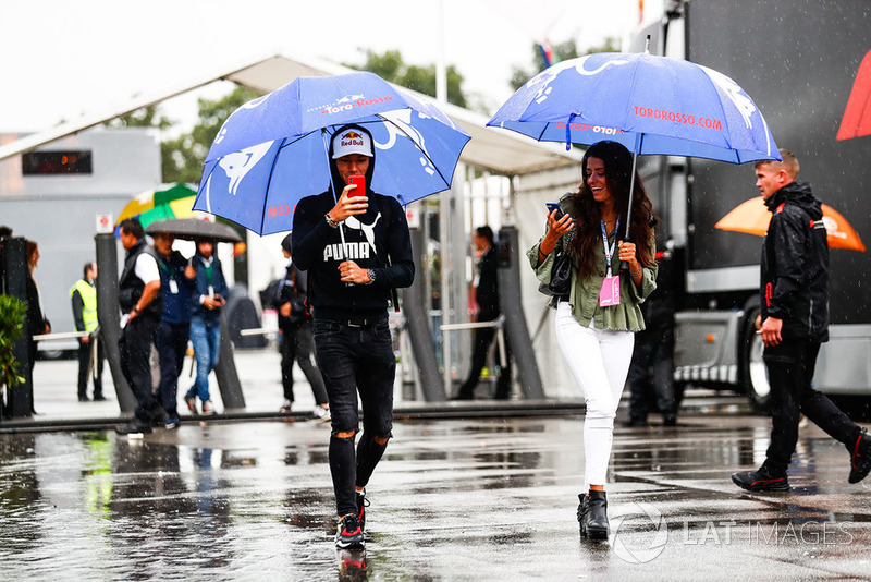 Pierre Gasly, Toro Rosso, arrives in the paddock