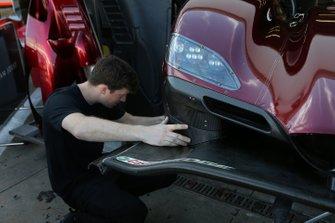 #55 Mazda Team Joest crew member