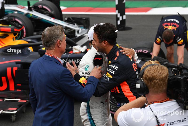 David Coulthard, Channel 4 F1 con Daniel Ricciardo, Red Bull Racing y Lewis Hamilton, Mercedes AMG F1 en Parc Ferme