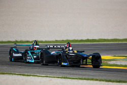 Jérôme D'Ambrosio, Dragon Racing devant Mitch Evans, Panasonic Jaguar Racing