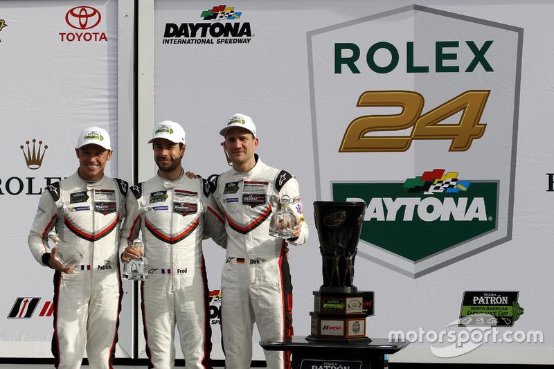 Winnaar GTLM: #911 Porsche Team North America Porsche 911 RSR: Patrick Pilet, Dirk Werner, Frédéric Makowiecki