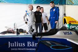 Michael Benyahia drives the SPARK SRT_01E with Graham Carroll