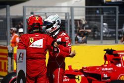 Обладатель поула Себастьян Феттель, второе место – Кими Райкконен, Ferrari