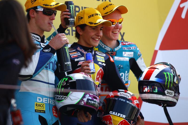 Le podium du GP de Grande-Bretagne 2010 de 125cc : Marc Márquez, Pol Espargaró, Bradley Smith