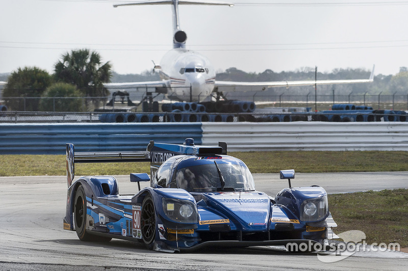 #90 VisitFlorida.com Racing, Multimatic Riley LMP2: Marc Goossens, Renger van der Zande, René Rast