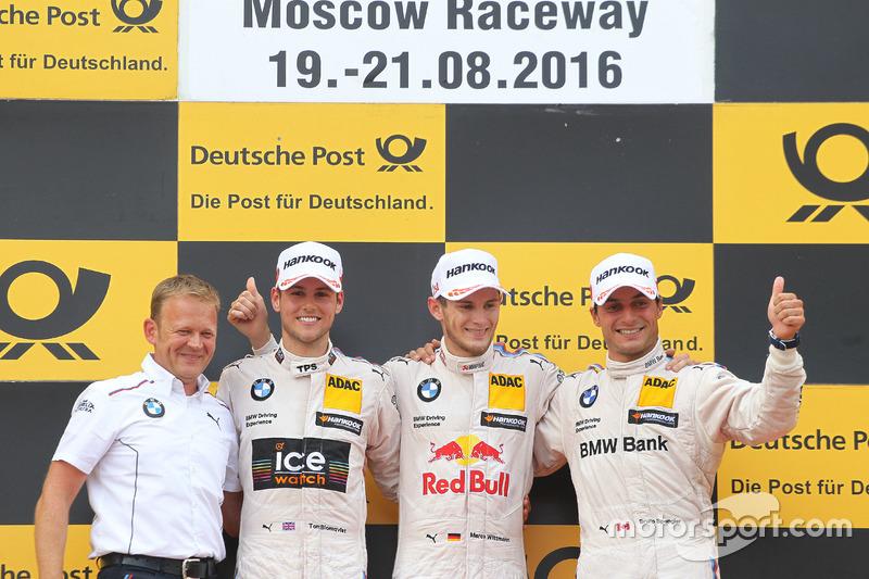 odium: Race winner Marco Wittmann, BMW Team RMG, BMW M4 DTM; second Tom Blomqvist, BMW Team RBM, BMW M4 DTM; third Bruno Spengler, BMW Team MTEK, BMW M4 DTM and Stefan Reinhold, BMW Team RMG