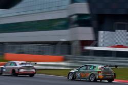 #175 NKPP Racing by Bas Koeten Racing Cupra TCR: Gijs Bessem, Harry Hilders, Ronny Jost, Fabian Danz