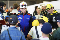 Pierre Gasly, Toro Rosso, meets the grid kids