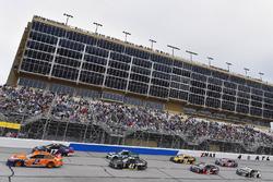 Brad Keselowski, Team Penske, Autotrader Ford Fusion and Kurt Busch, Stewart-Haas Racing, Monster Energy/Haas Automation Ford Fusion